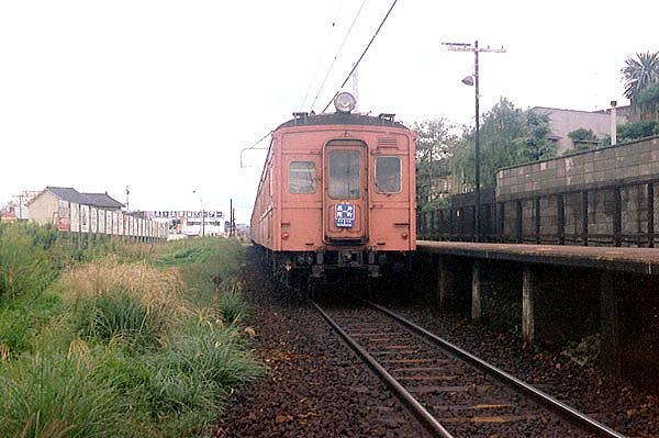 クハ55 300 忍ヶ丘駅(地平時代)