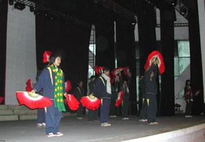 中国舞踊?