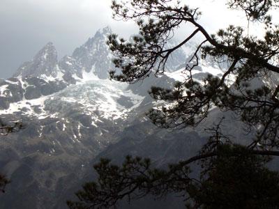 玉龍雪山アップ2