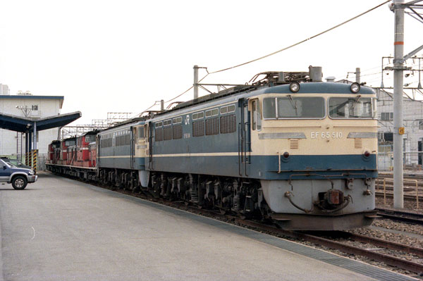 EF65 510